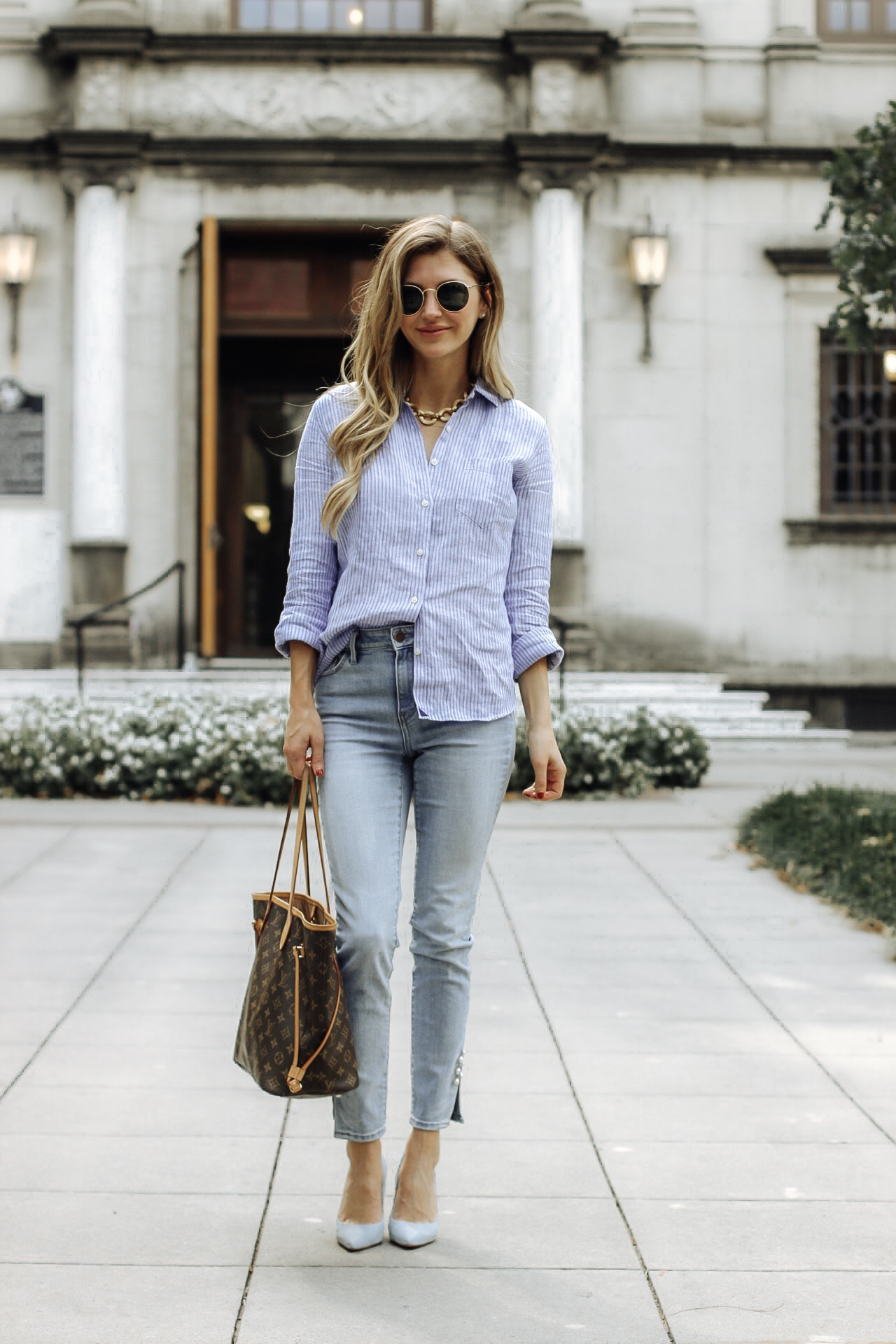 full look on fashionista. shes wearing cropped jeans, button down and julie vos necklace