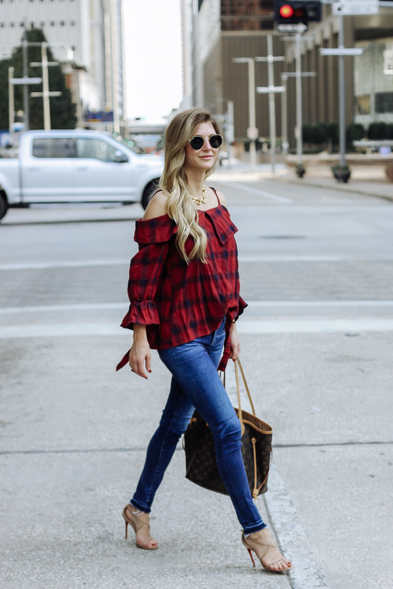 Street style wearing burgundy fall basics. A staple piece for any closet.