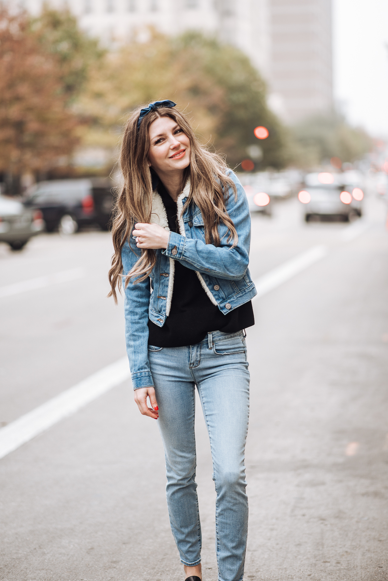 Enjoying the outdoor, fall weather and talking about my 6 favorite online boutiques