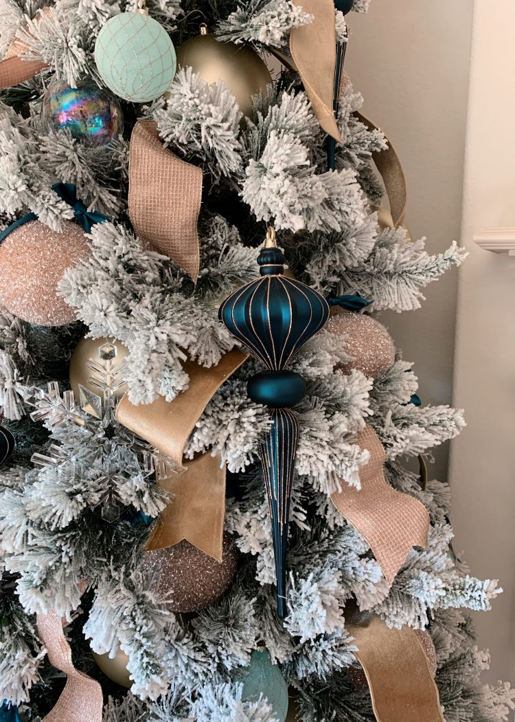 AshLee Frazier's Christmas tree for 2019